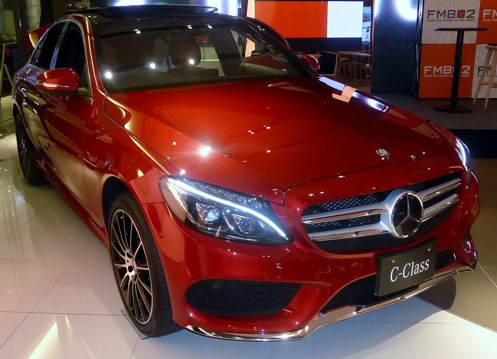 Mercedes mit Auslieferungsstopp von Dieselfahrzeugen
